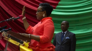Catherine Samba-Panza being sworn in as interim president of the Central African Republic (SOURCE: http://www.tvzimbo.com/)